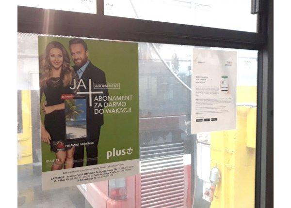 Plakaty w autobusach w Zawierciu, format A2